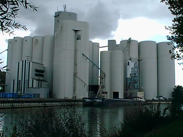 Les silos - Piscine de nogent sur seine ...